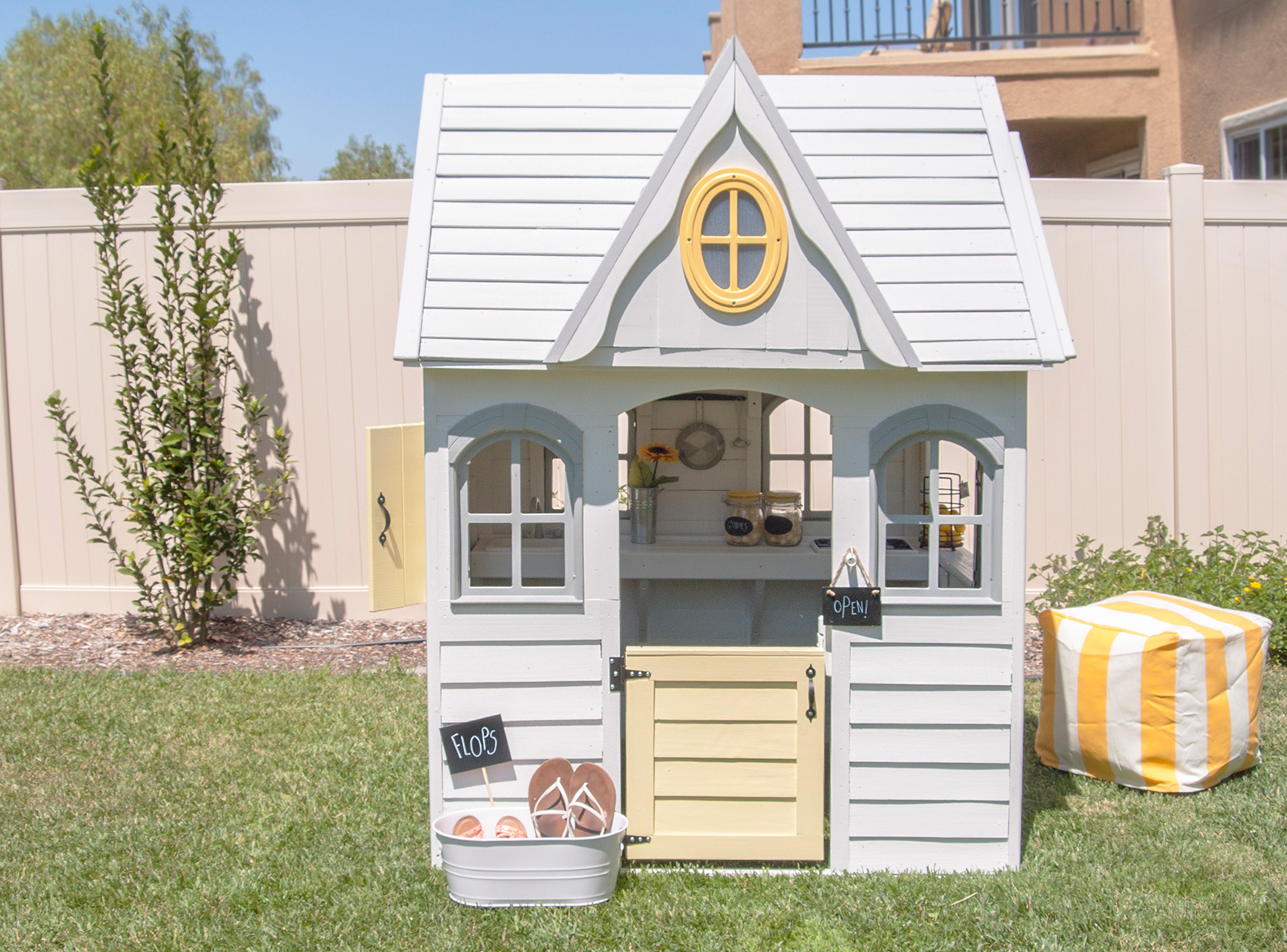Playhouse Decoration Ideas